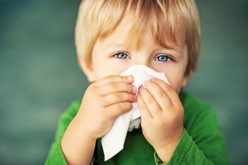 Алергичен ринит при децата. Причини и лечение